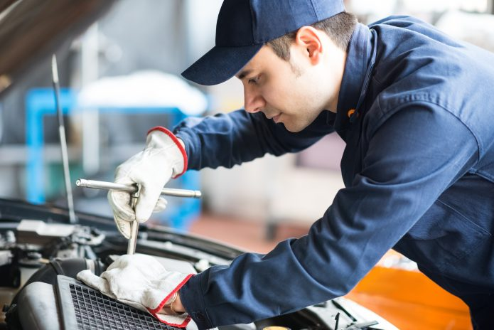 5 SIMPLE TRICKS TO AVOID MOT FAILURE
